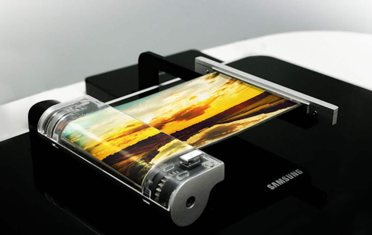 Conception d'un smartphone pliable Samsung